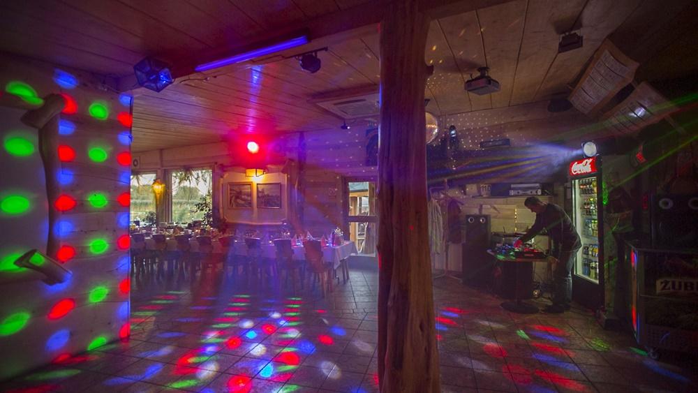 restauracja-lowisko-impreza-dyskoteka-disco-muzyka-slider